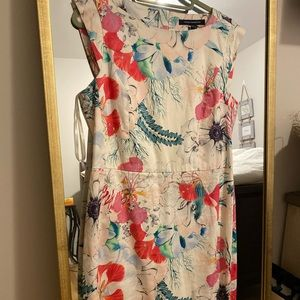 Beautiful Floral French Connection Dress